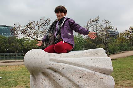 In sight 2016 Location: Cementerio de Pudahuel, SAntiago del Cile. Chile Material: travertino stone Dimension: cm 100x100x110h